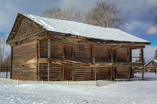 Old wooden house, Cherepovets, Vologda region, Russia : Stock Photo