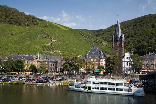 Germany, Europe, Rhineland_Palatinate, Bernkastel_Kues, town, Bernkastel_Kues, German wine, Wine region, Mosel wine, M : Stock Photo