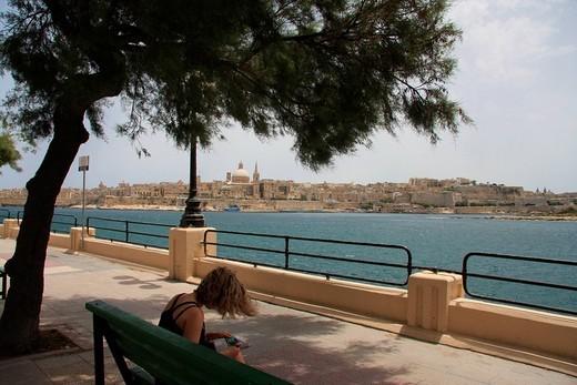 Stock Photo: 1597-98874 Malta, Valletta, Valetta, Travel, Marsamxett harbor, marina, St Paul Cathedral, Carmelite Church, Sliema, promenade, b