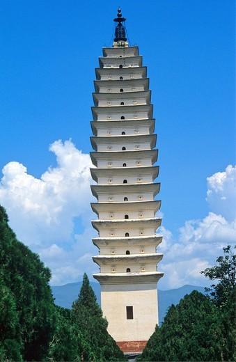 China, Asia, Dali city, Yunnan Province, Dali, Three Pagodas, Chong Sheng Temple, major touristic attraction, Asia, pa : Stock Photo