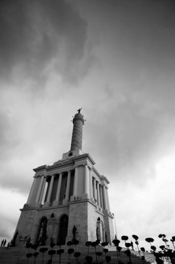 Stock Photo: 1598R-10002474 Monumento de los H?roes de la Restauraci?n de la Rep?blica. Santiago, Dominican Republic.
