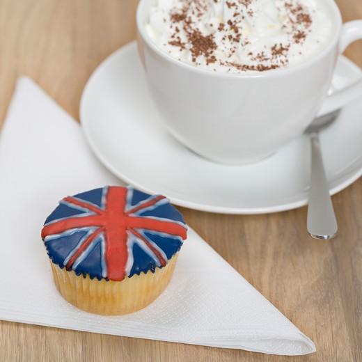 Stock Photo: 1598R-10018599 England, english, Britain, british, Union Jack