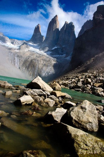 The Cordillera del Paine is a small but spectacular mountain group in Torres del Paine National Park in Chilean Patagonia.   After a walk of 3 and a half hours to get to the base of the towers this is the gift you obtain. : Stock Photo