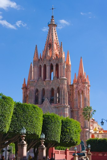 Stock Photo: 1598R-10030145 Protective town of San Miguel and the Sanctuary of Jesús Nazareno de Atotonilco is a UNESCO World Heritage site.