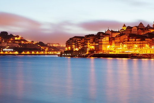 Stock Photo: 1598R-10030393 Skyline of Porto with the 'Douro' river at sunset