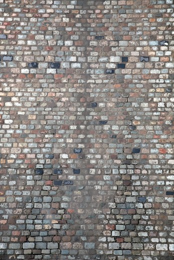 Cobblestone road shot from above : Stock Photo