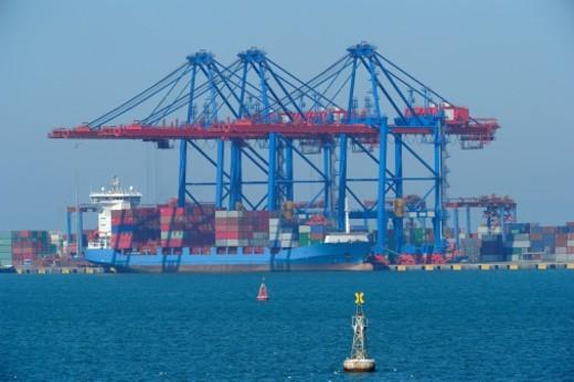 Stock Photo: 1598R-10082103 Suez Channel, big container ship