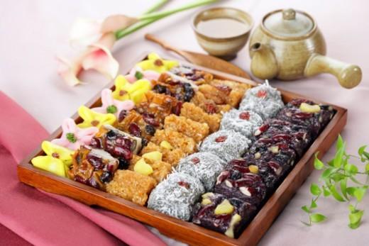 Assorted Korean rice cakes : Stock Photo