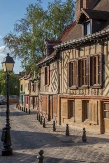 Old houses in the Saint-Leu quarter of the city of Amiens in the Picardy region of northern France. : Stock Photo