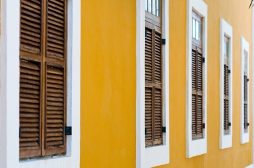 Stock Photo: 1598R-10085406 renovated portuguese building, upper town, ilha de mozambique, mozambique