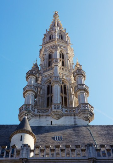 Stock Photo: 1598R-10086092 The Spire of the gothic 'Hotel de Ville' at grand place