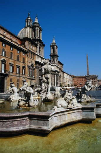 Stock Photo: 1598R-106168 Fountain of the Four Rivers in Piazza Navona