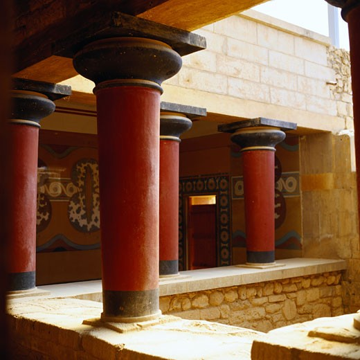 Stock Photo: 1598R-109301 Columns in the Palace of Knossos
