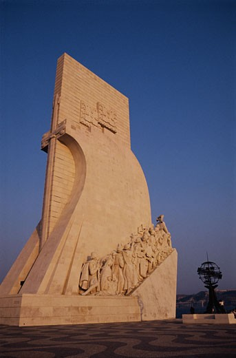 Monument to the Discoveries : Stock Photo