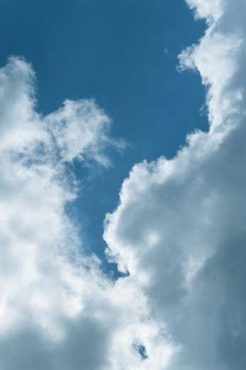 Stock Photo: 1598R-180138 Clouds, low angle view