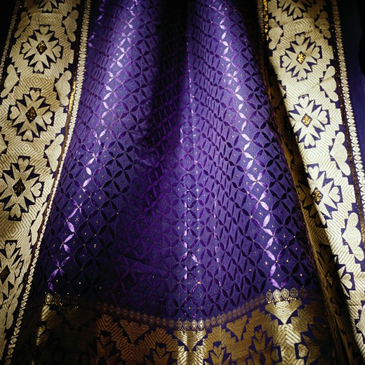 Stock Photo: 1598R-191080 Purple and Gold Pattern
