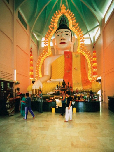 Tourists in front of the Buddha Statue, Sakya Muni Buddha Gaya Temple, Temple of 1000 Lights, Singapore : Stock Photo