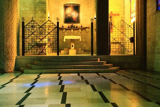 Stock Photo: 1598R-213183 Israel, Hollyland, Nazareth, Church Of The Annunciation, Interiors of a Church