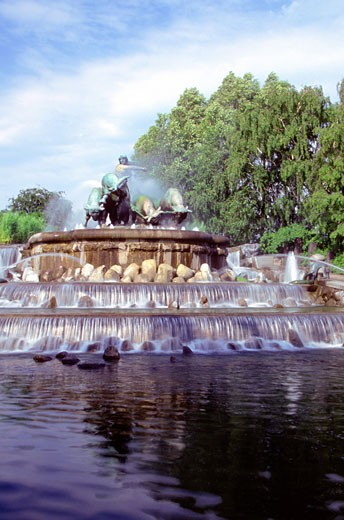 Stock Photo: 1598R-213297 Low angle view of Gefion Fountain, Copenhagen, Denmark