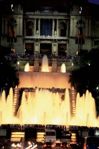 National Palace and Magic fountain lit up at night, Plaza de Espanya, Barcelona, Spain : Stock Photo