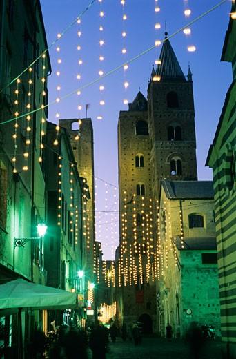 Stock Photo: 1598R-226240 Italy, Liguria, Albenga at night