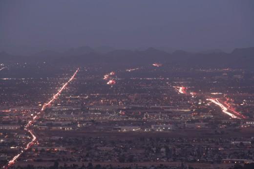 Stock Photo: 1598R-247598 USA, Arizona, Phoenix city at night