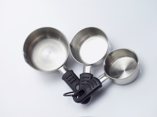 Stock Photo: 1598R-267876 High angle view of a set of three measuring spoons