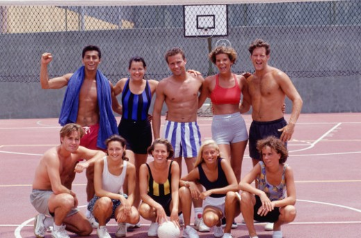 Medium group of young people in basketball court, portrait : Stock Photo