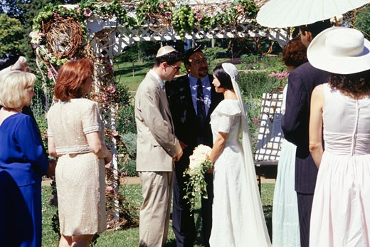 Stock Photo: 1598R-62382 Jewish wedding ceremony in garden