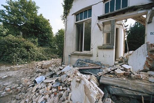 Stock Photo: 1598R-66587 Earthquake wracked house, close-up