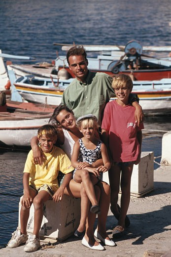 Stock Photo: 1598R-67159 Parents with children (4-13) by harbour, portrait