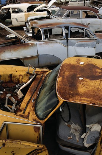 Stock Photo: 1598R-90426 Cars in Junkyard