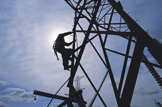 Stock Photo: 1598R-9947559 Electricity pylons