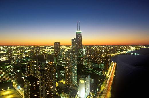 Stock Photo: 1598R-9948264 'The Chicago Skyline at Night, Chicago, Illinois'