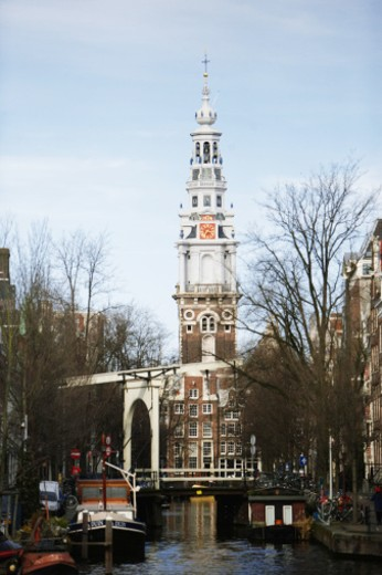 Stock Photo: 1598R-9949068 Netherlands, Amsterdam, the Zuiderkerk, view from canal