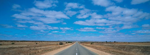 Stock Photo: 1598R-9949540 Diminishing Highway, Outback, Australia