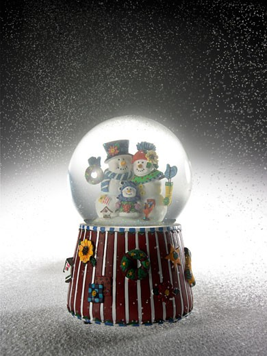 Stock Photo: 1598R-9949802 Snow globe