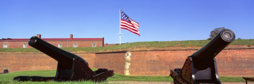 'Cannons and wall at Fort McHenry National Monument, Baltimore, Maryland' : Stock Photo