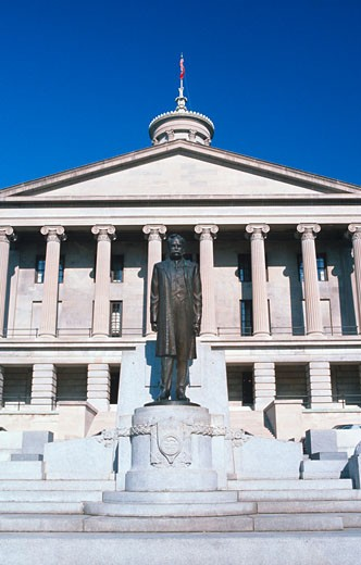 Stock Photo: 1598R-9954181 'State Capitol of Tennessee, Nashville'