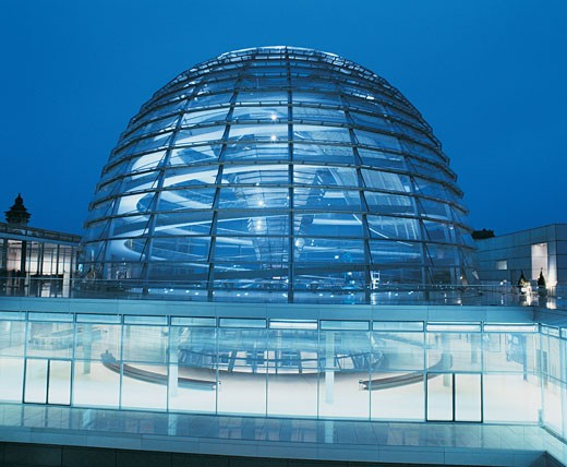 Stock Photo: 1598R-9958393 Glass Dome of the Reichstag Building, Berlin at Night