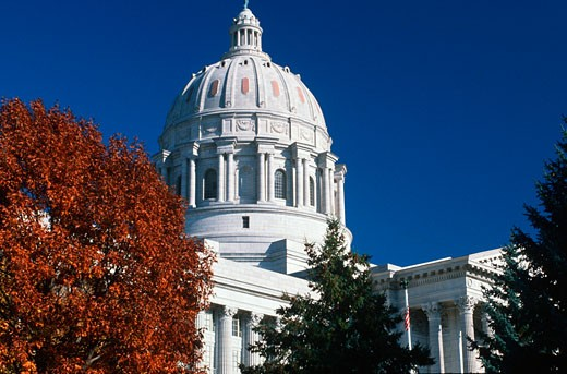 Stock Photo: 1598R-9960208 'State Capitol of Missouri, Jefferson City'