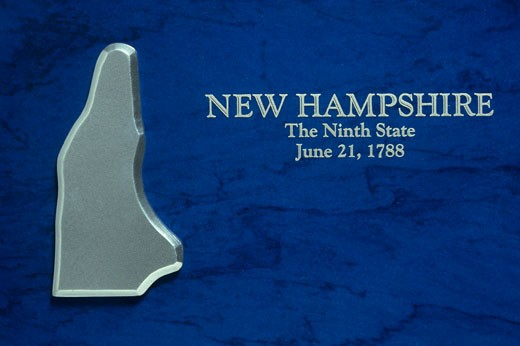 Silver Map of New Hampshire : Stock Photo