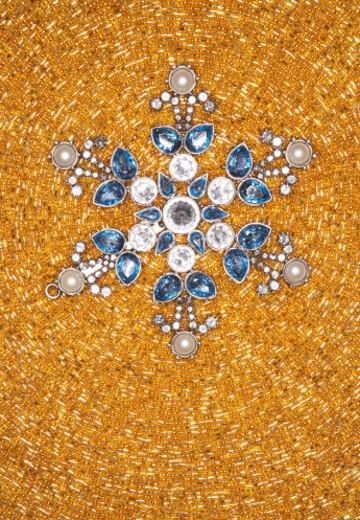 Stock Photo: 1598R-9969763 Snowflake-shaped Christmas ornament