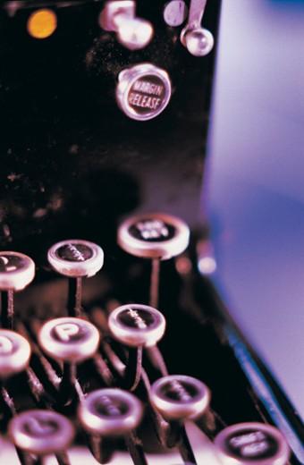 Stock Photo: 1598R-9971467 Typewriter keys