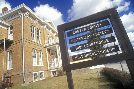 'Custer County Historical Society with 1881 Court House in Custer, SD' : Stock Photo