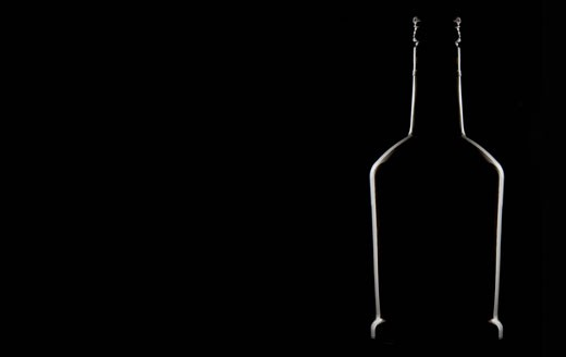 Stock Photo: 1598R-9993598 Graphic image of the outline of a bottle
