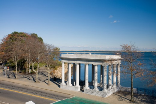 Under this classical structure is Plymouth Rock, the legendary site where the Pilgrims landed. : Stock Photo