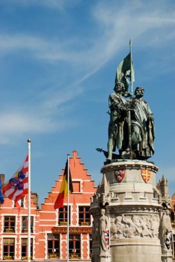 Statue of Jan Breydel and Pieter de Coninck, Market Square, Brugge Markt, Belgium, Bruges : Stock Photo