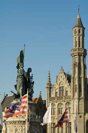 Stock Photo: 1598R-9995357 Statue of Jan Breydel and Pieter de Coninck, Provincial Palace , Belgium, Bruges