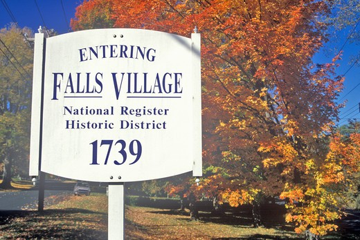 Fall colors in Falls Village along scenic highway, U.S. Route 7, Connecticut : Stock Photo